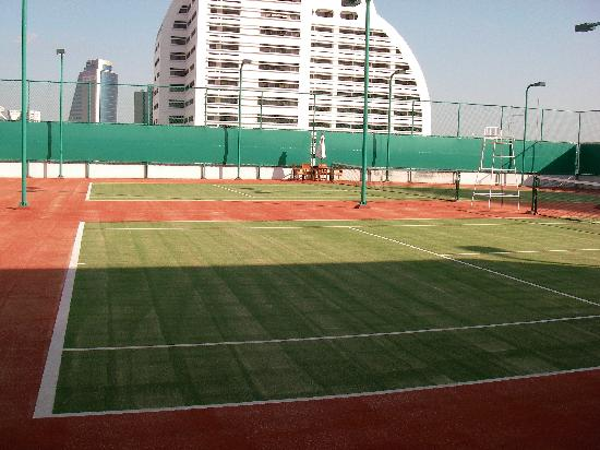 Tennis Courts With Artificial Grass Picture Of Shangri La Hotel