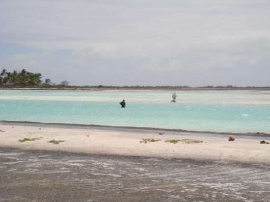 Kiritimati, Kiribati Cumhuriyeti: fishing the flats