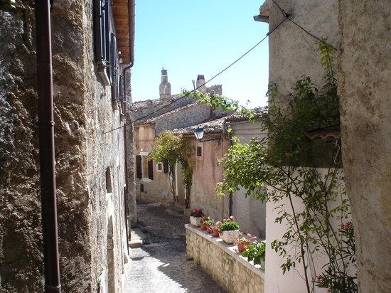 Centro Storico di Castel Del Monte