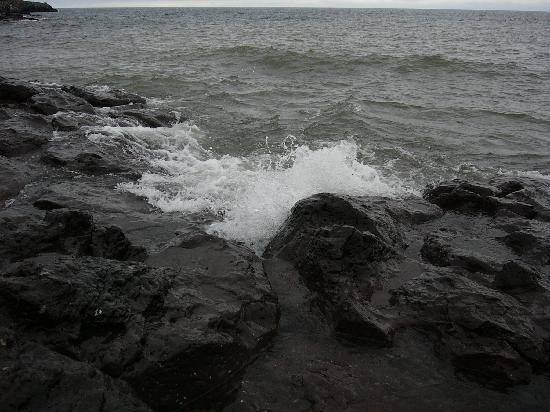 Temperance River State Park: Lake Superior at Temperance River