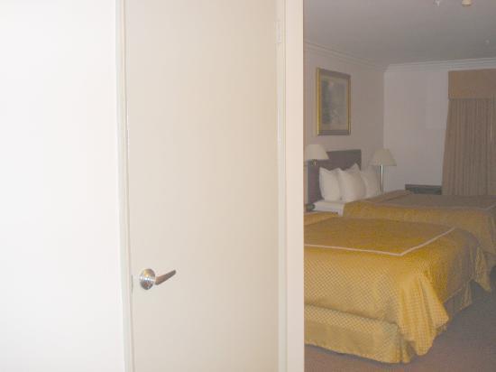 Partial room divider Picture of Comfort Suites San Clemente San