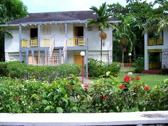 Golden Seas Beach Resort: Riverside apartment here