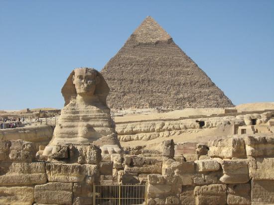 giza pyramids sphinx near the sakkara picture of sakkara country