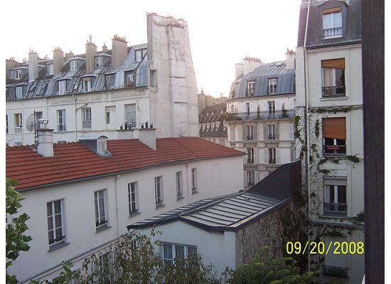 Hotel des Grandes Ecoles: View from 4th floor