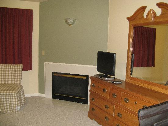Peppertree at Tamarack HOA: Master Bedroom