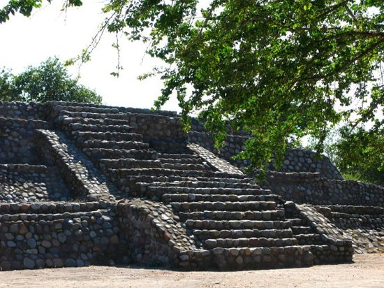 Manzanillo, Mexiko: The La Campana ruins/pyramids near Colima