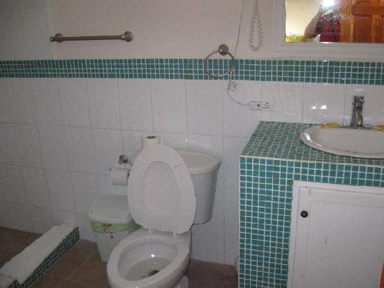 Seaside Villas Condos: Bathroom in bedroom #2