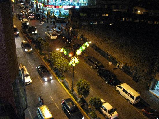 La Brea INN: view of Session Road