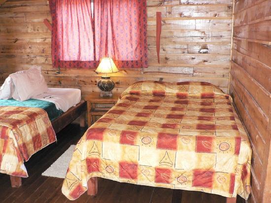 Hotel Villa Mexicana at Creel: Two big beds