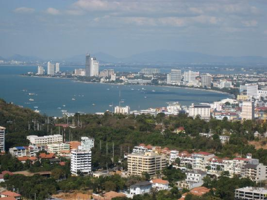 Pattaya Park Tower: 賑やかなパタヤビーチ