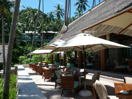 Four Seasons Resort Koh Samui Thailand: beach restaurant
