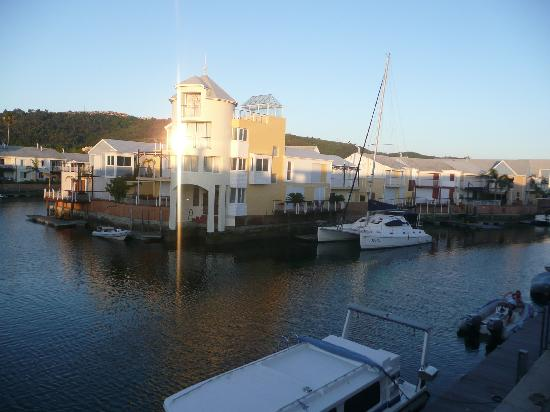 Apartments at Knysna Quays: View of Marina Accommodation