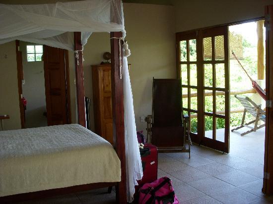 Casa Chameleon Hotel: room