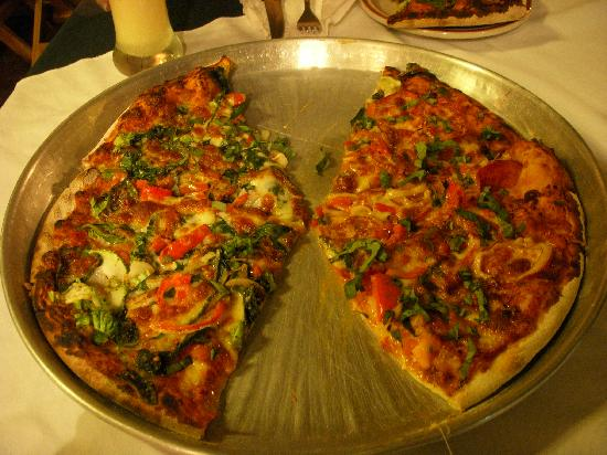Mary's Restaurant : pizza