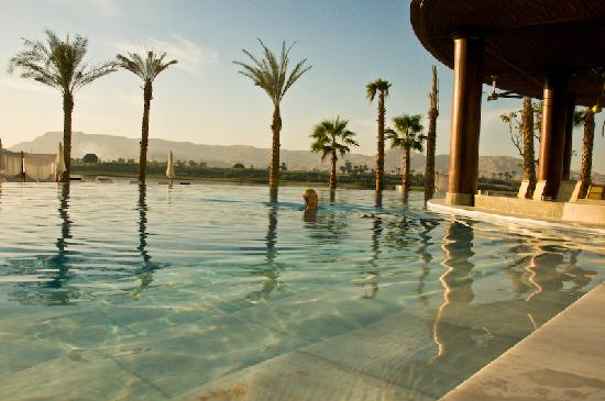 Hilton Luxor Resort & Spa: pool one of four