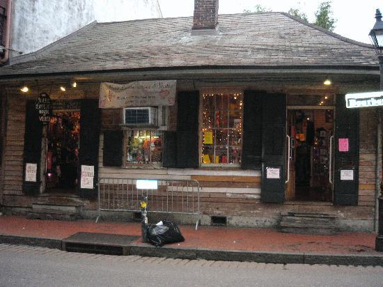 Bourbon Street: Marie Laveau's House of Voodoo