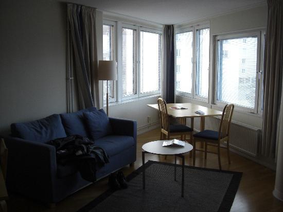 2Home Hotel Solna : Living room