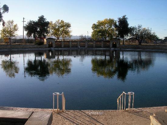Balmorhea State Park: Huge mirror pool