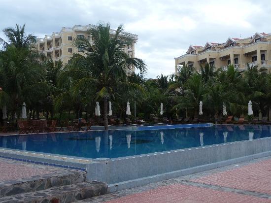 Dessole Sea Lion Beach Resort & Spa: One of the pools