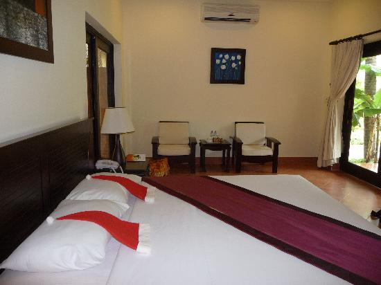 Dessole Sea Lion Beach Resort & Spa - Mui Ne: room (Christmas hats probably not available all year)