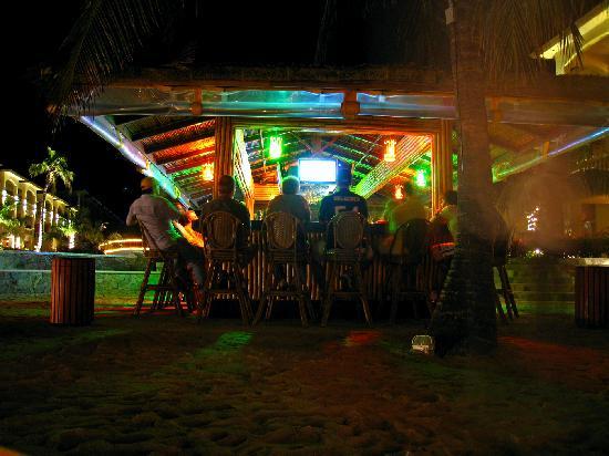 Foto de Infinity Bay Spa and Beach Resort