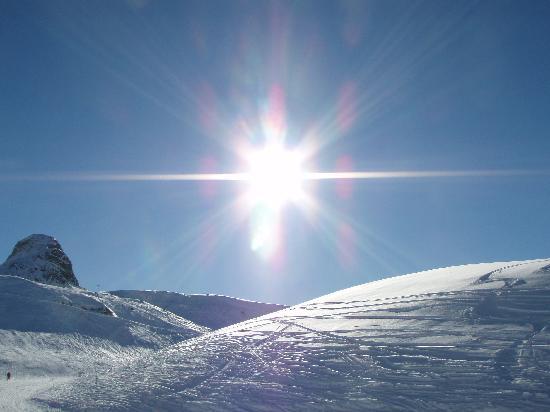 Chalet Joie de Vie : Glorious sunshine and snow