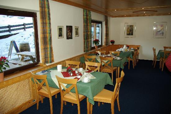 Gasthof Mooshäusl: Breakfast area