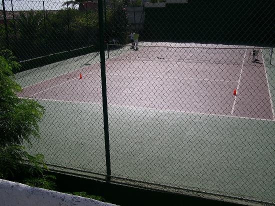 Catalonia Punta del Rey: Tennis Court