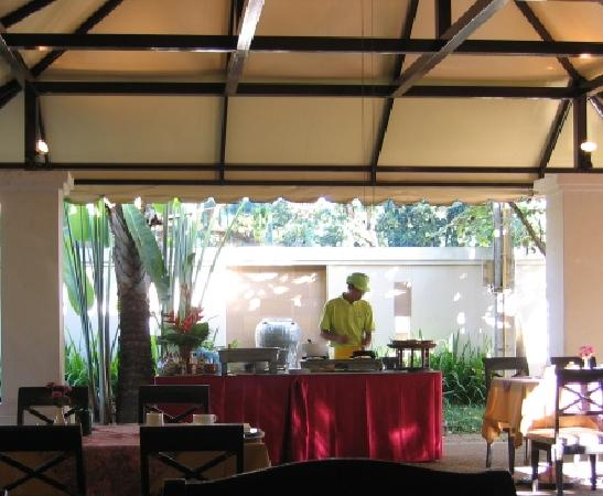 Eurasia Chiang Mai Hotel: Hot breakfast
