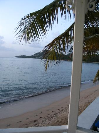 Villa Beach Cottages : view from the gazebo