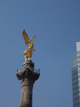 Suites Del Angel: Angel of Independence