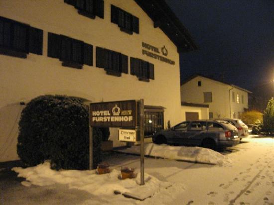 Hotel Fürstenhof: The lowly hotel - rooms free and no wonder...