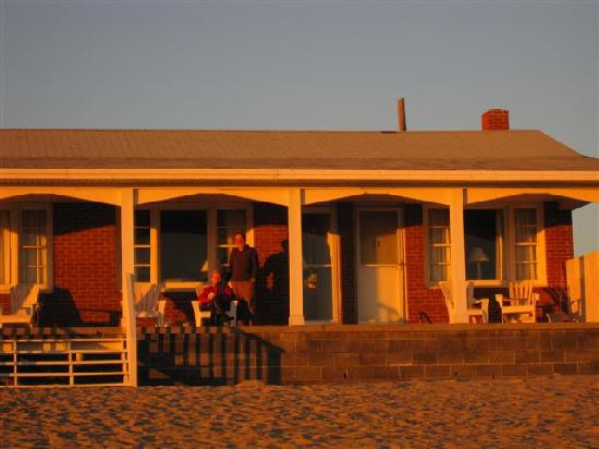 Cavalier by the Sea: close up of patio