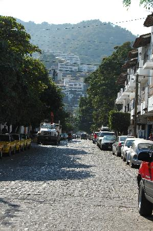 Casa Isabel: See the yellow building at the end of the street? That's it!