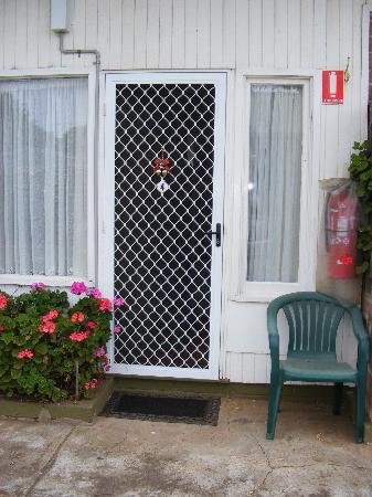 Seabreeze Motel : Cute exterior