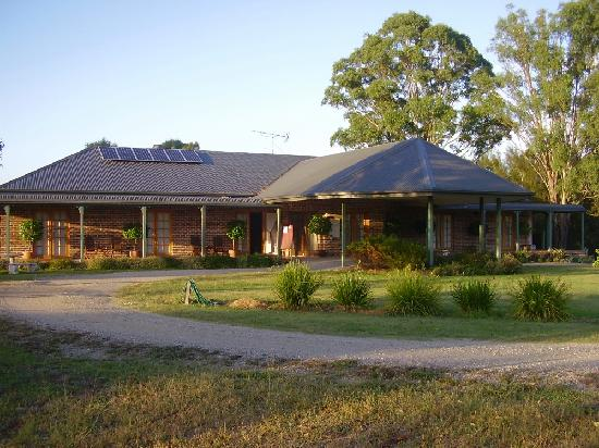 Hunter Valley Bed & Breakfast : HUNTER VALLEY B & B ENTRANCE
