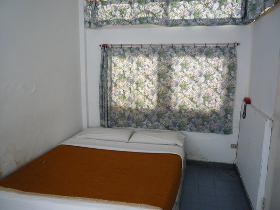 White Lodge: Room1