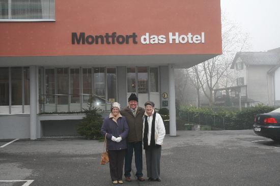 Montfort das Hotel: Outside Hotel