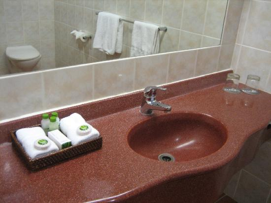 Rydges Rotorua: bath 2