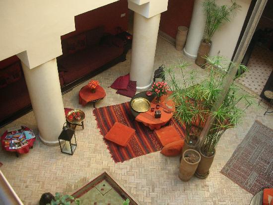 Riad Boussa: Riad interior