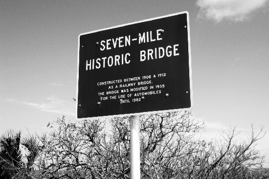 Seven Mile Bridge: Commemorative Sign
