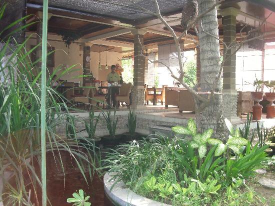 Sukun Bali Cottages: lobby restourant