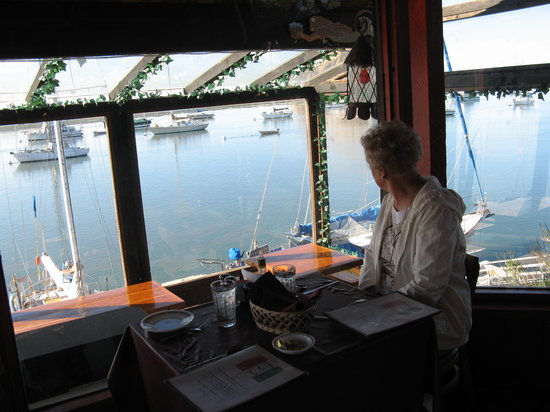 DiStasio's on the Bay : Great bay views from the restaurant
