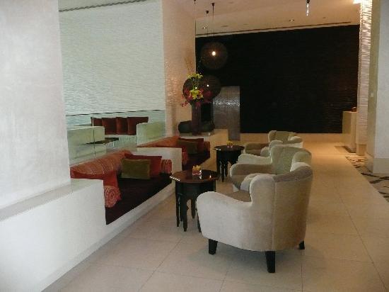 Manzil Downtown Dubai: Lobby