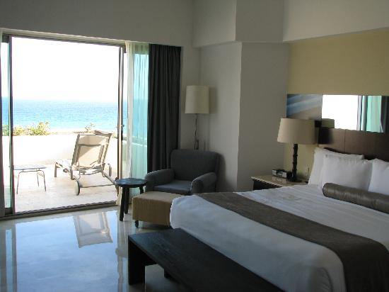 Live Aqua Cancun Terrace Rooms