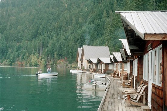 North Cascades National Park, WA: Front Porches at Ross Lake Resort
