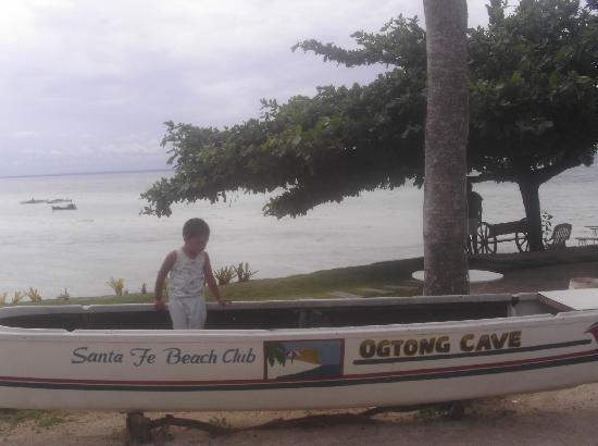 Ogtong Cave Resort: apol2