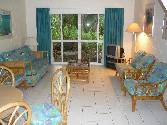 At the Mango Tree Holiday Apartments: living room