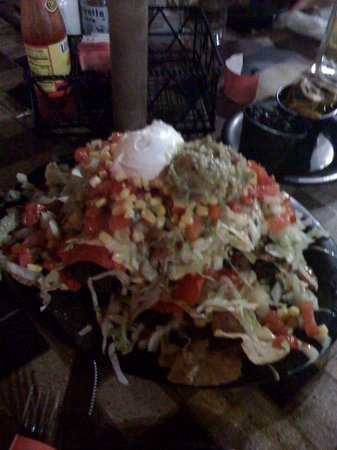 Nacho Mama's : Our order of nachos