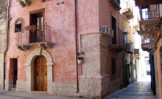 Antica Dimora San Girolamo : centro storico